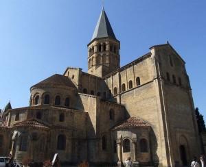 Chevet de la Basilique de Paray le Monial