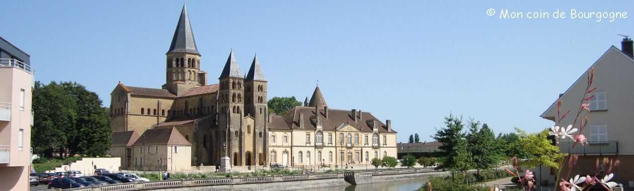 Paray-le-Monial - Vue pano