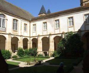 Cloître de Paray-le-Monial
