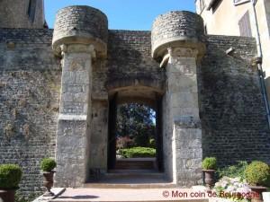 Château de Couches - porte primitive