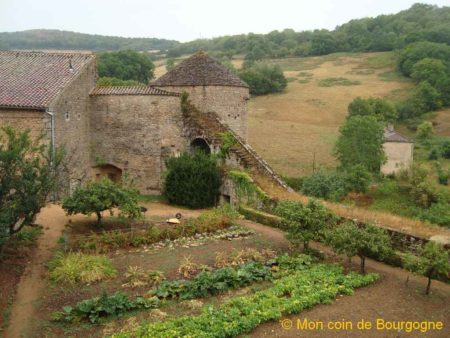 Jardin potager du château de Berzé