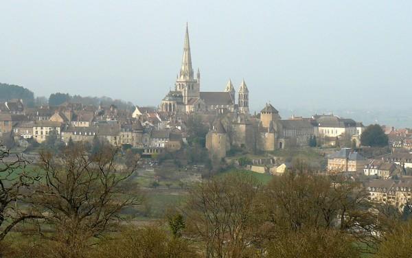 Vue générale sur Autun (secteur cathédrale)