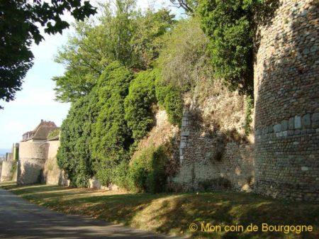 Autun - les remparts romains