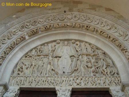 Tympan de la cathédrale St Lazare