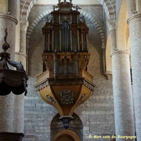 Tournus - Orgue de l'abbaye