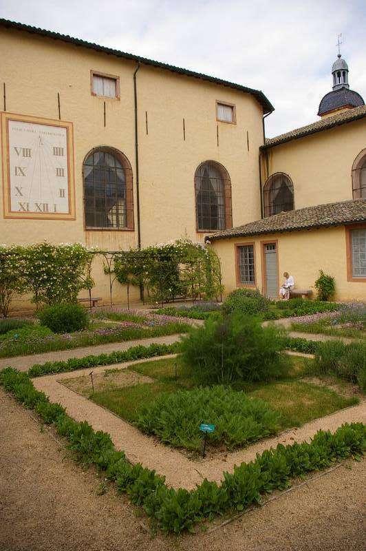 Tournus - Jardins de l'Hôtel-Dieu