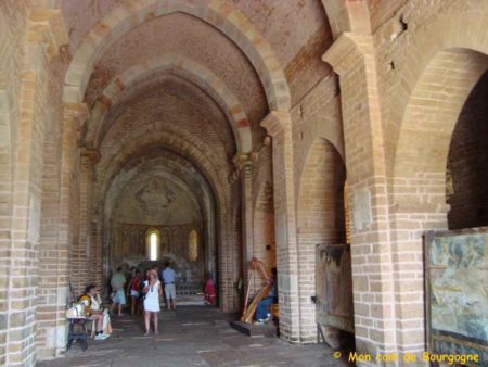 Brancion - Intérieur de l'église